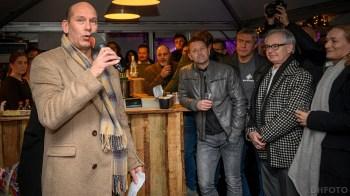 Woordvoerder Kees Jan Tuin bedankt iedereen die zich inzet voor de Helderse IJsbaan (DHfoto)