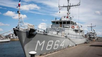 Photo of Marine haalt explosieven van zeebodem