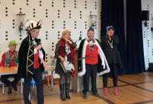Photo of Burgemeester geeft sleutel aan Prins Paljas 1/3