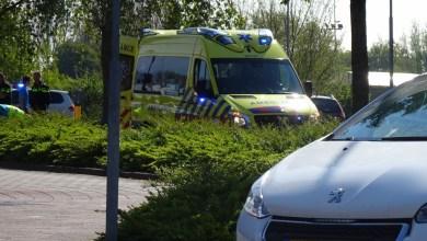Photo of Fietser aangetikt door auto op Kievitstraat