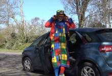 Photo of Clown Dombo bezorgt jarigen gratis een leuke dag