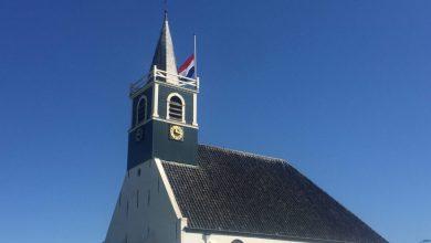 Photo of Vlaggen op Texel halfstok