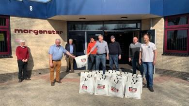 Photo of Rotary schenkt 150 paaspakketten aan de Voedselbank