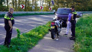 Photo of Motorrijder komt ten val en breekt arm