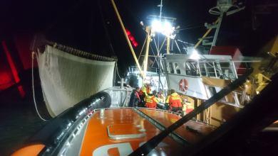 Photo of KNRM in actie voor medische evacuatie op zee
