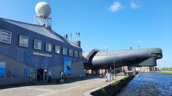 Een duikboot op het droge, onderdeel van het Marinemuseum