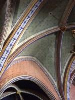 Peinture au plafond de l'église
