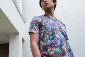 パイルのショートパンツに合わせたい総柄プリントTシャツ