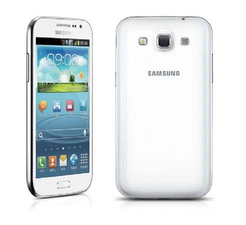 Samsung presenta il Galaxy Win con sistema Android Jelly Bean