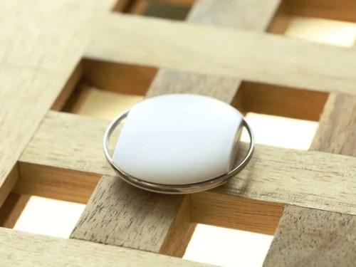 Oppo N1: nuove immagini mostrano le ottiche esterne e un accessorio non identificato