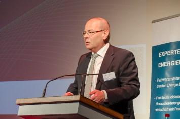 Uwe Albrecht, Stadt Leipzig, Bürgermeister und Beigeordneter für Wirtschaft und Arbeit begrüßt die Gäste