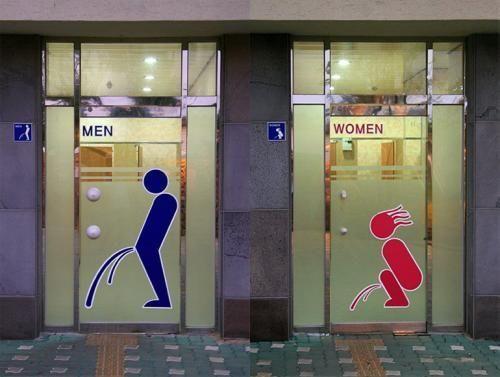 placas de banheiros femininos e masculinos engraçadas, ridiculas e legais