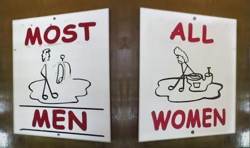 Fotos de placas de banheiros femininos e masculinos engraçadas, ridiculas e legais