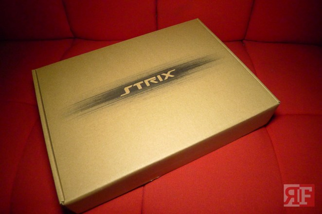 asus strix r7 370 (2 of 21)