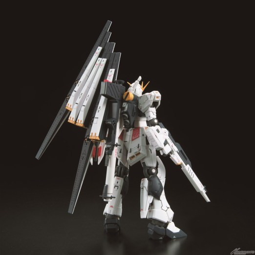 RG RX-93 nu Gundam 4