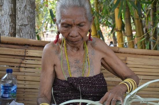 Unik, Tato Para Gadis Di Desa Bantala, Flores Timur