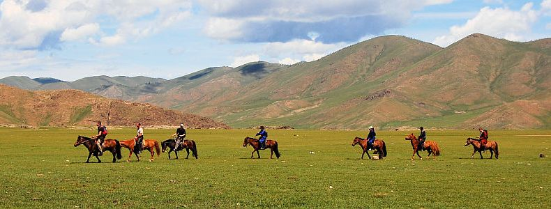 Mongolische Steppentour: Roadtrip ohne Roads