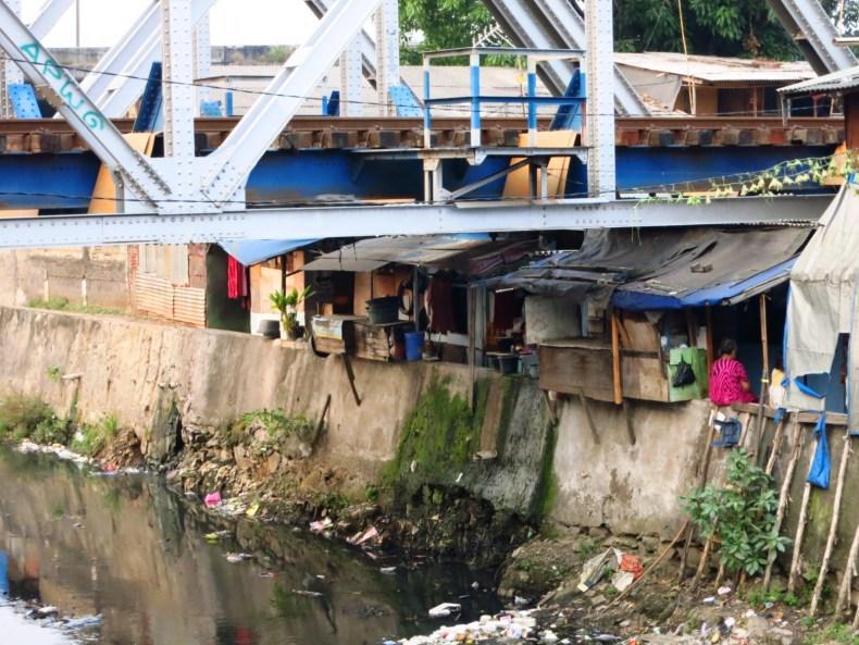 Jakarta, du Bestie! (2)