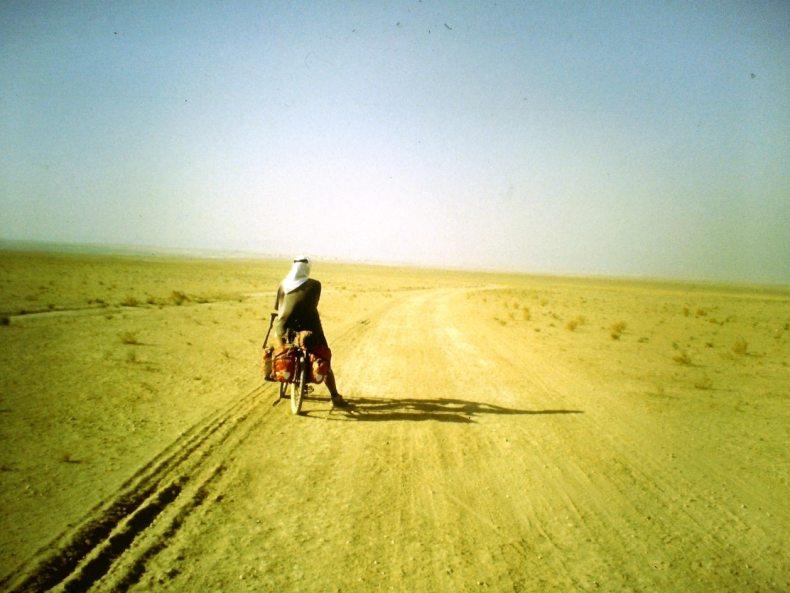Wüstenfieber – Mit dem Fahrrad durch die Al-Badiya