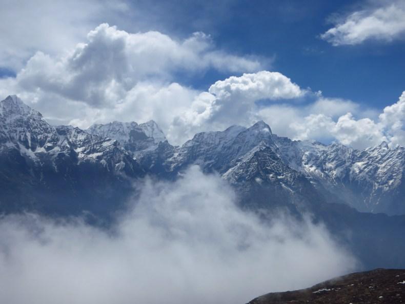 Von nun an geht's bergab – ein Abstieg aus 4.250 Metern Höhe