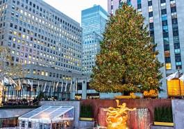 Christbaum vor dem Rockefeller-Center in New York (Bigstock.com / Andykazie)