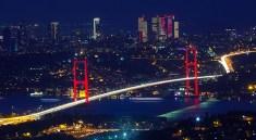 Istanbul: Brücke über den Bosporus (F: Bigstock / lira_joggi)