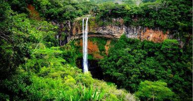 Wasserfall bei Chamarel auf Mauritius