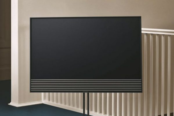 beovision-horizon-bang-and-olufsen-flexible-and-functionel-sm-616x1024