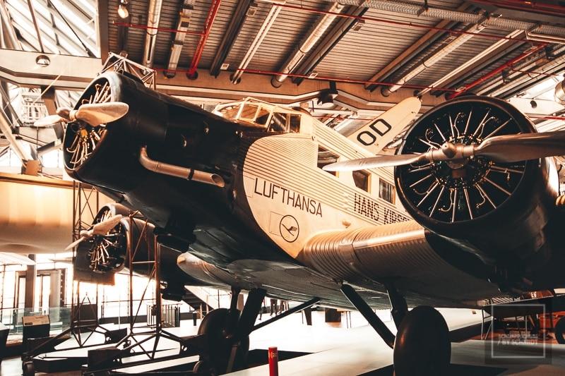 Foto eines Flugzeugs aus dem Berliner Technikmuseum.