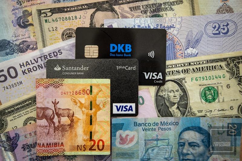 Reisekreditkarte Karte und Bargeld