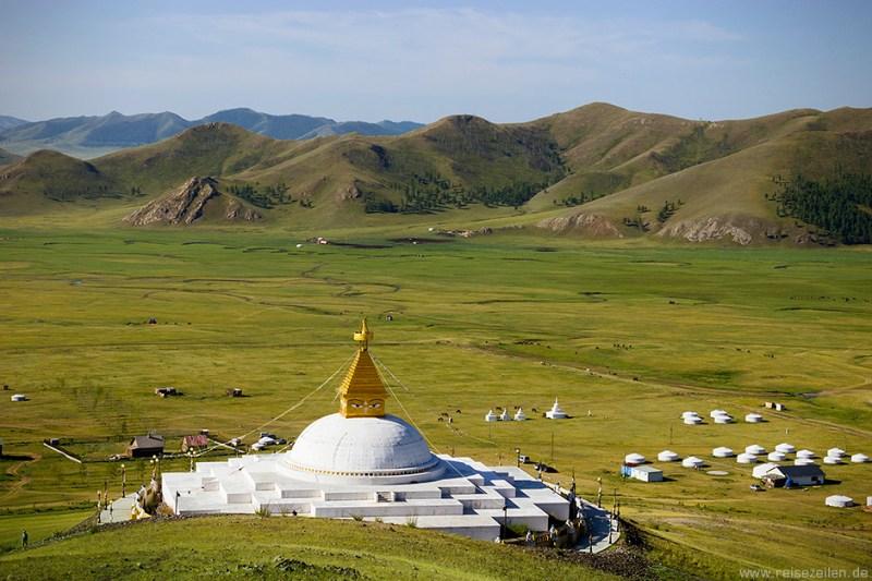 Reisetipps Reisen Mongolei Bilder der Stupa des Klosters Amarbayasgalant