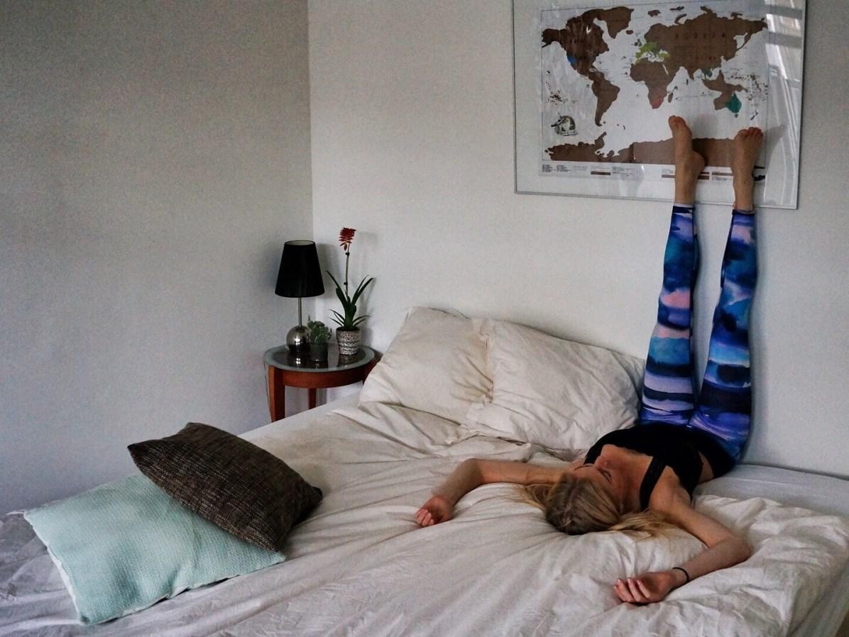 Yoga-oefeningen: viparita karani