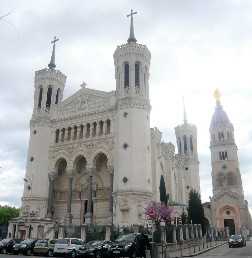 Lyon Kirke