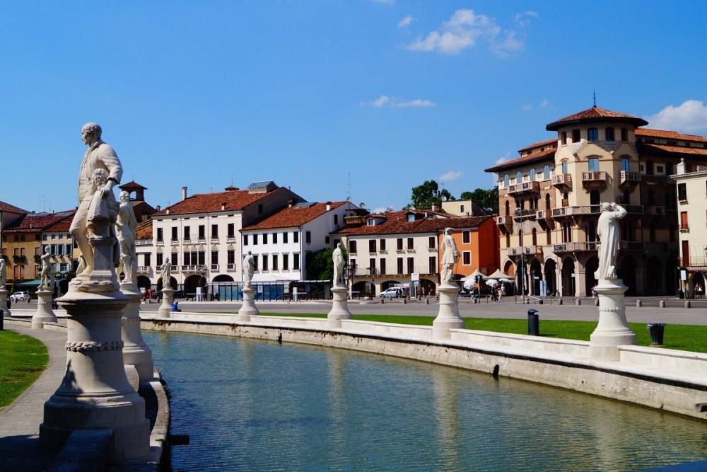 Jeg kan anbefale den hyggelige by Padova.