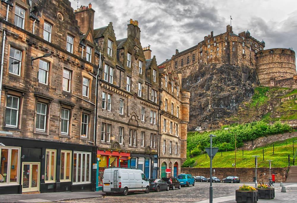 Hold efterårsferie i Edinburgh