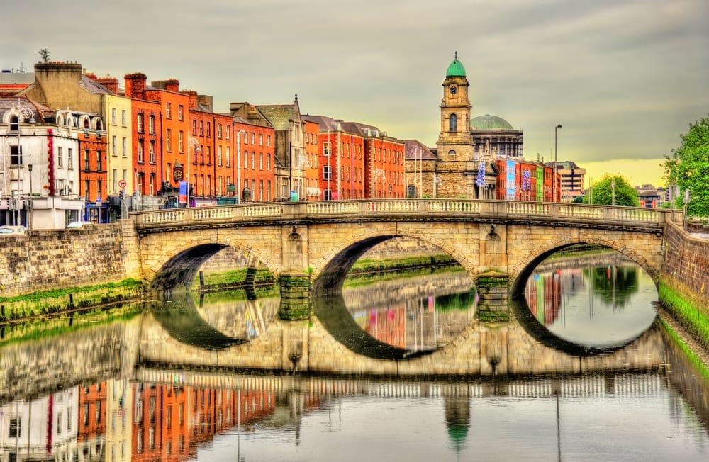 Dublin i Irland: Mellows Bridge