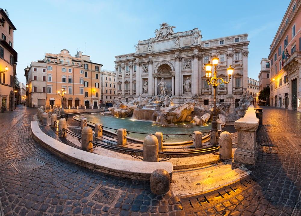 Trevi fontænen i Rom i Italien