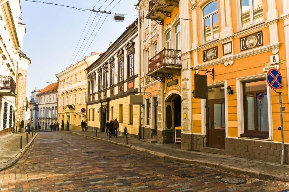 Vilnius i Litauen - Hyggelige brostensbelagte gader
