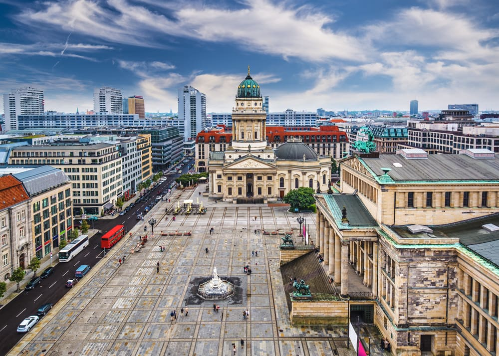 gendarmenmarkt-berlin-tyskland