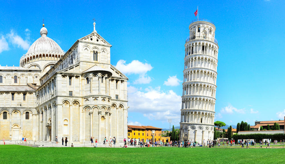 italien-pisa-det-skaeve-taarn