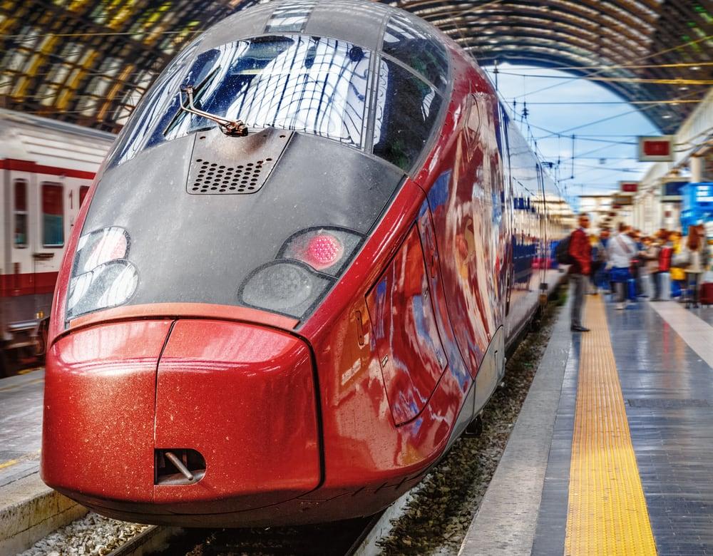 Togstation - Milano i Italien