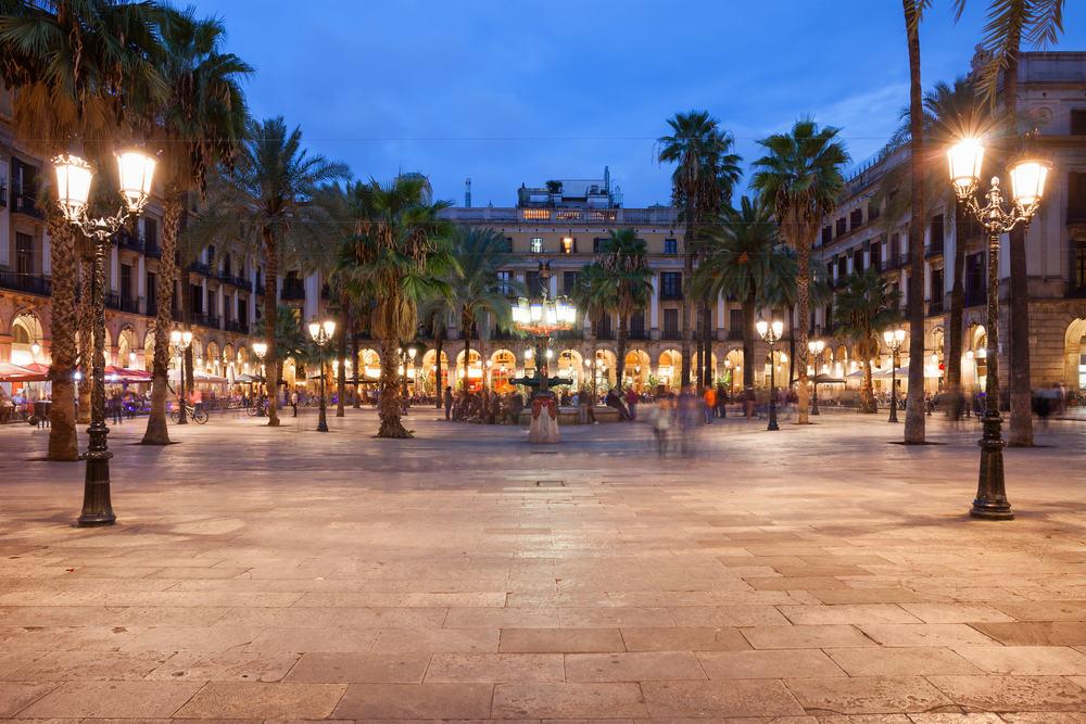placa-reial-barcelona-spanien