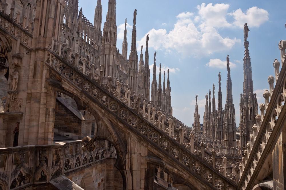 Gotisk katedral i Milano i Italien