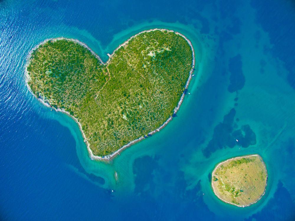 Den hjerteformede ø Galesnjak i Kroatien