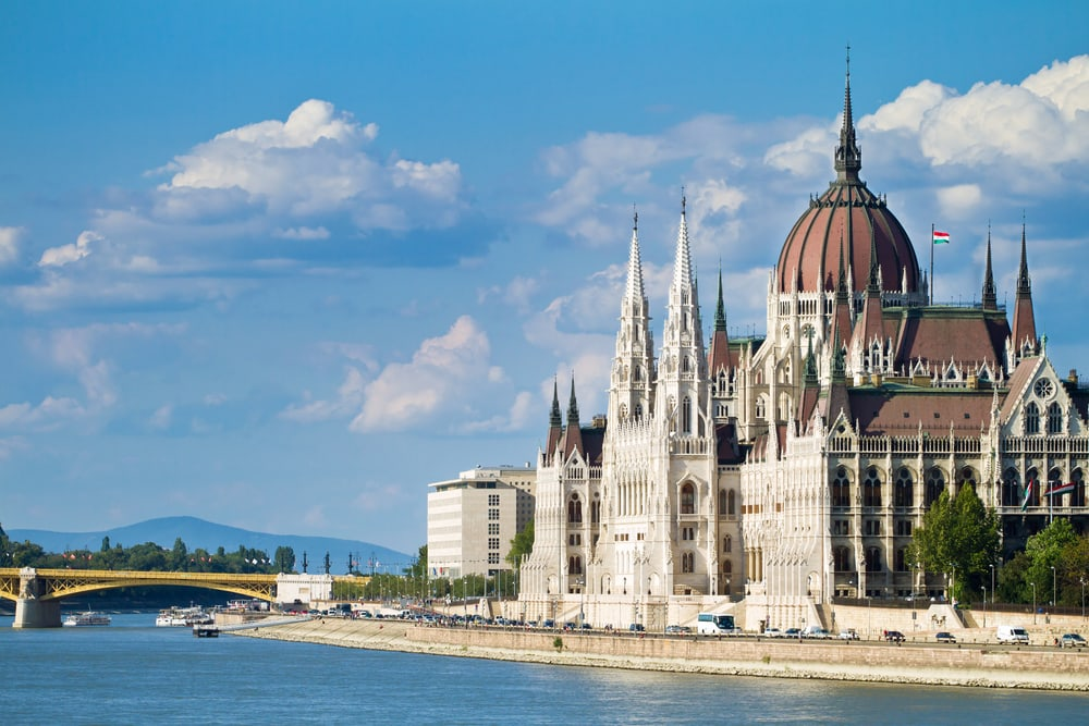 Parlamentsbygningen - Budapest i Ungarn