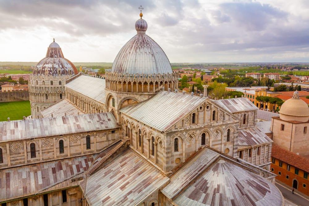 Piazza del Duomo - Pisa i Italien