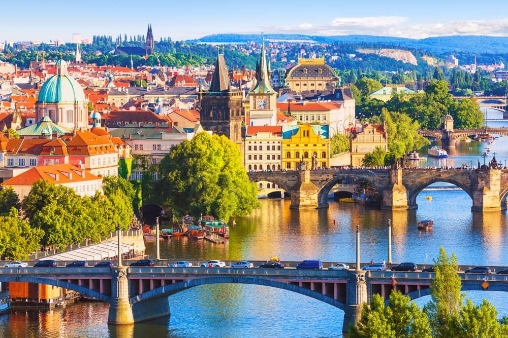 Broer over floden Vltava - Prag i Tjekkiet