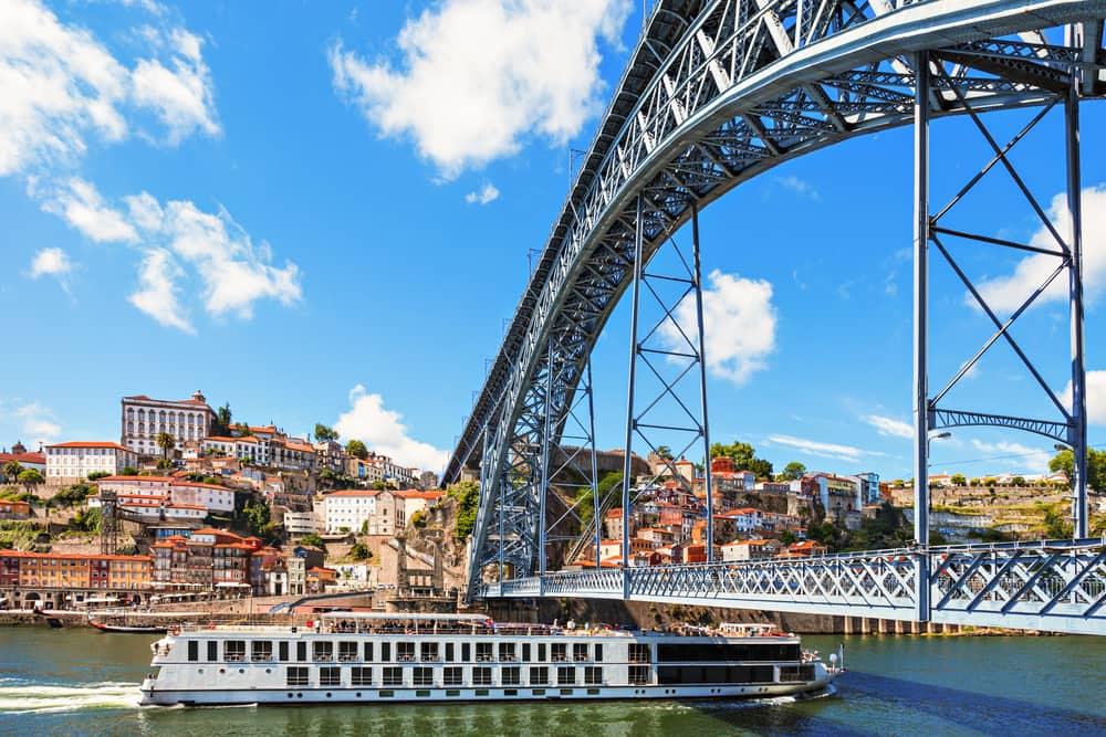 Dom Luis broen i Porto - Portugal