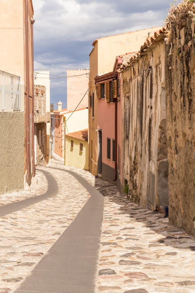 Posada - Sardinien i Italien