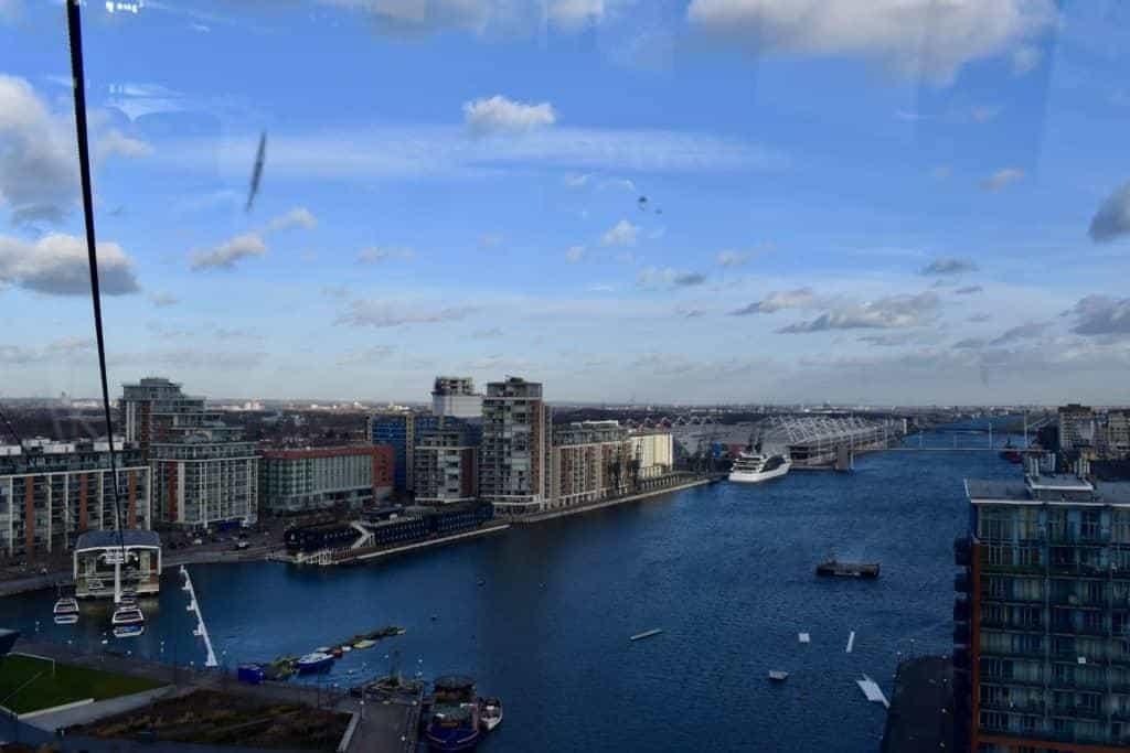 Kryds Themsen med Cable Line